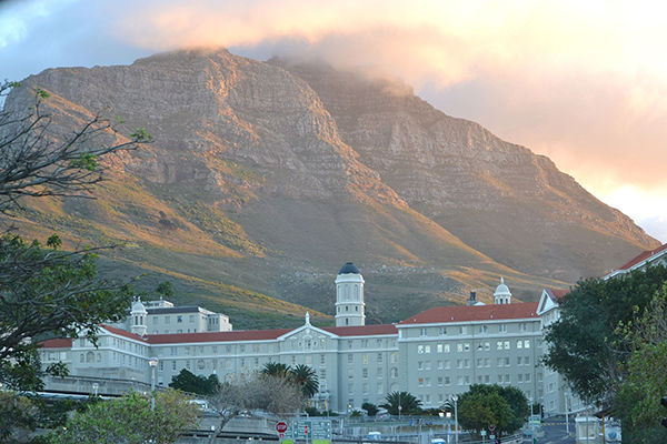 THE DIVISION OF MEDICAL VIROLOGY AT NHLS GROOTE SCHUUR HOSPITAL, UNIVERSITY OF CAPE TOWN (UCT)