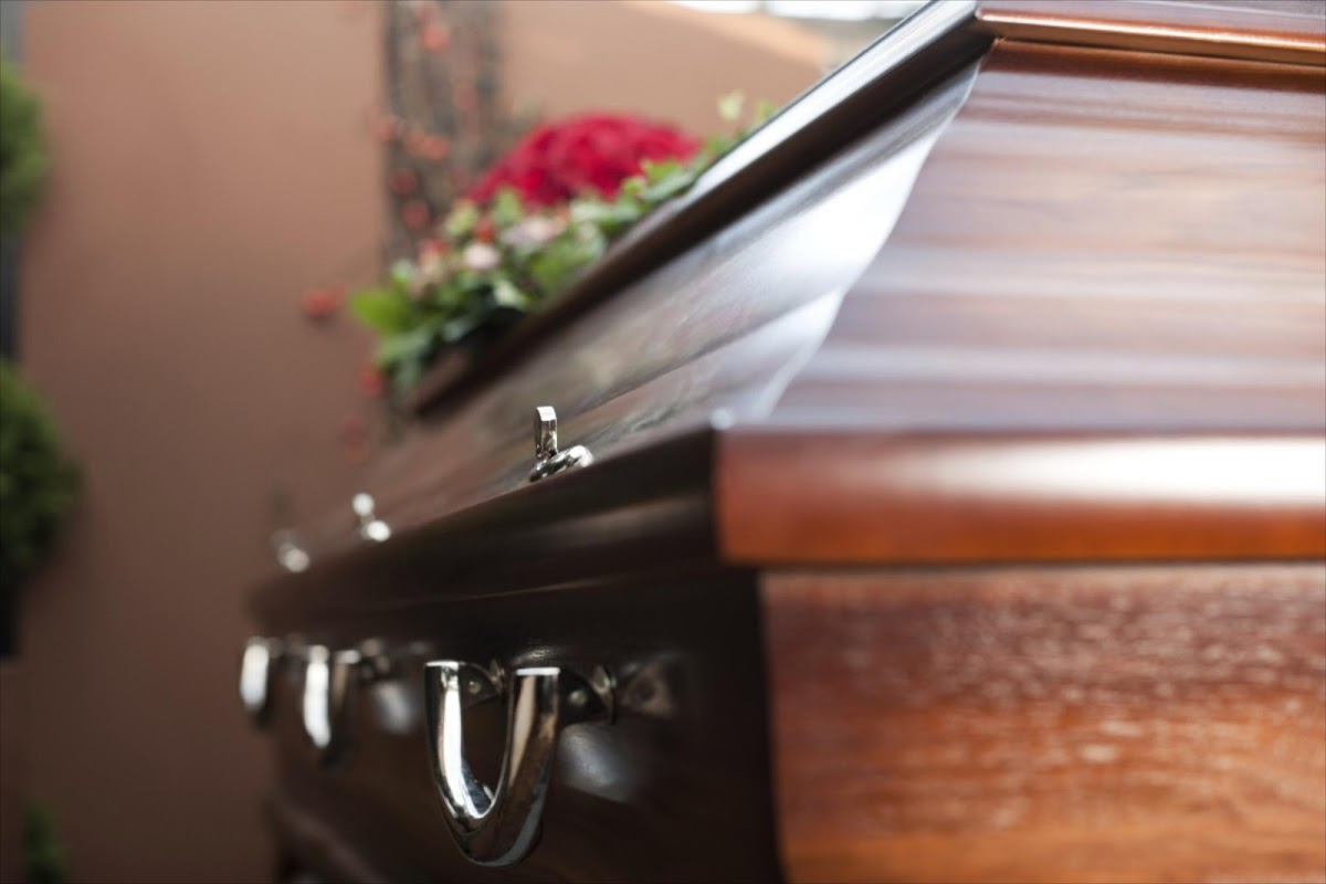 A Johannesburg funeral parlour owner has denied accusations he dumped three coffins at the Lebombo border post near Mozambique. Image: Thinkstock